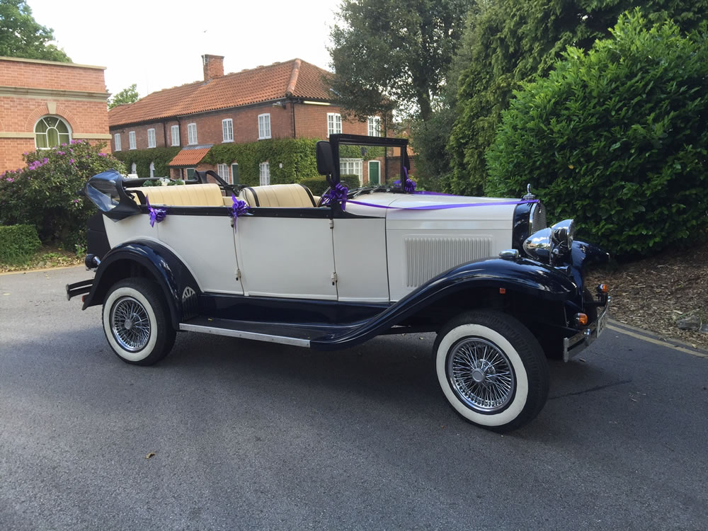 Wedding carriages derby chesterfield wedding carriages for Car carriage